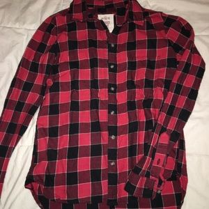Other - Red and Black plaid flannel